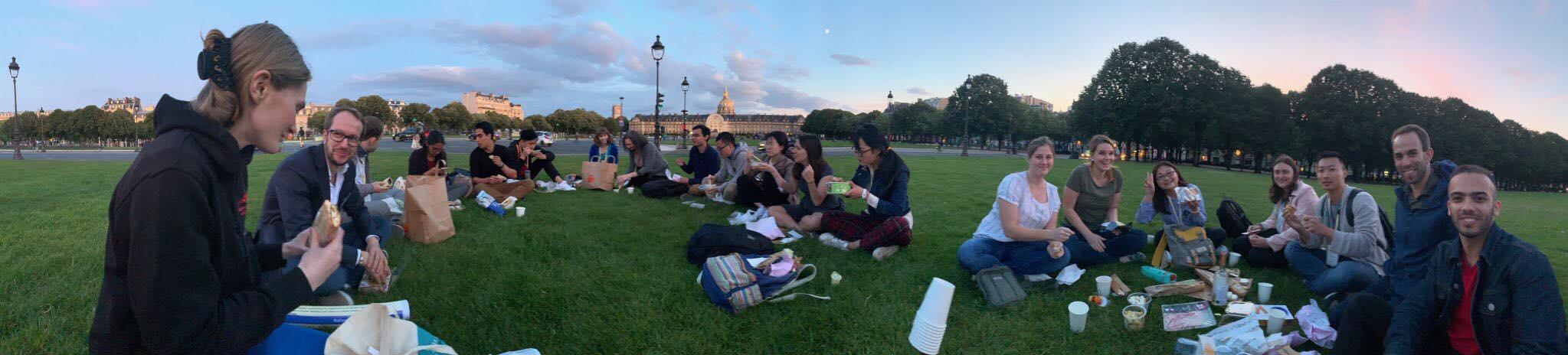 Aside from science, we had a great gathering picnic in front of the Invalides with Dr. Emma MacPherson's group from Warwick, UK, and our friends from Syracuse, US.